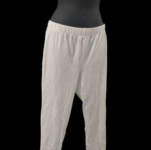 Romans white stretchy pants
